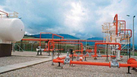 Exceso de gas natural, net billing en España, impuesto al carbono e impulso al bombeo hidráulico