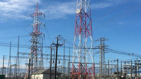 Caída en el consumo y en el precio spot de la electricidad en Chile