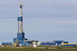 Petróleo y gas no convencional al borde del colapso, y precios piso a las emisiones de CO2
